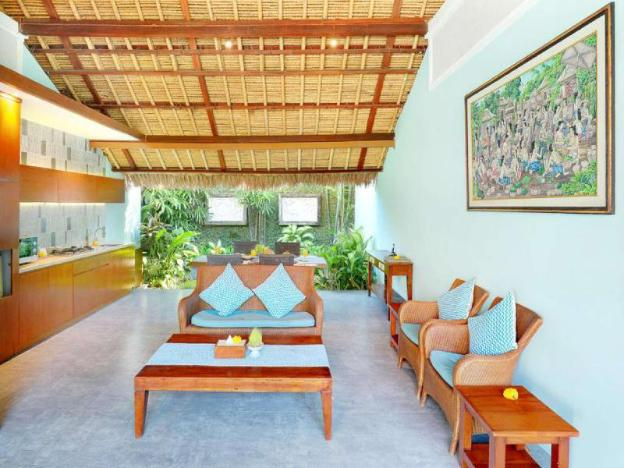 Quiet Superior Villa Room-B'fast with Garden view