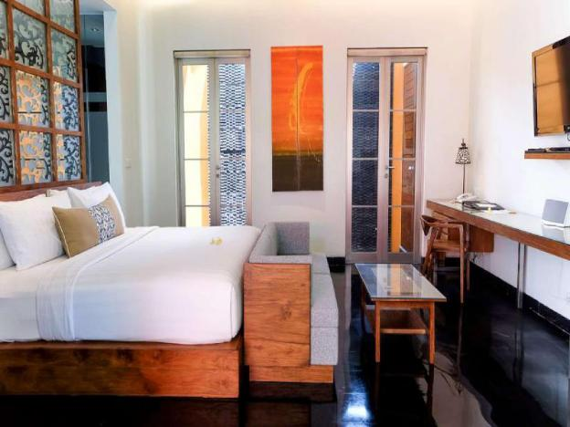 1 BR Natural Villa with Private Pool - Breakfast