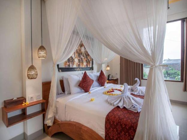 Luxury Superior Room+B'fast+Hot'tub