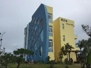 jacaranda house B&B