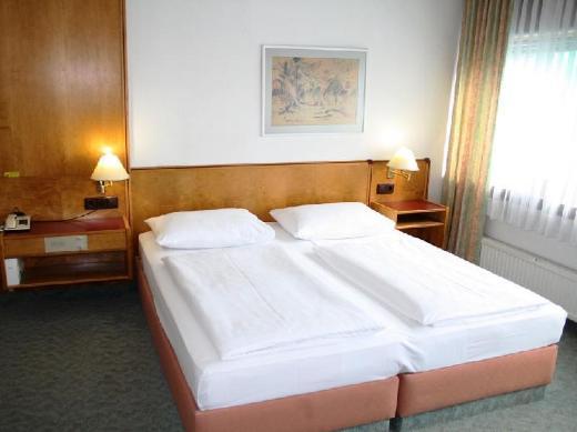 Hotel Ekazent Schoenbrunn