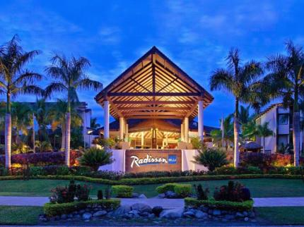 Radisson Blu Resort Fiji Photo 1