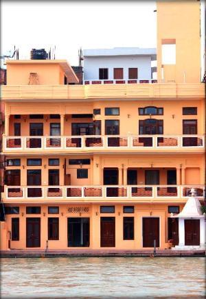 Devnadi Hotel