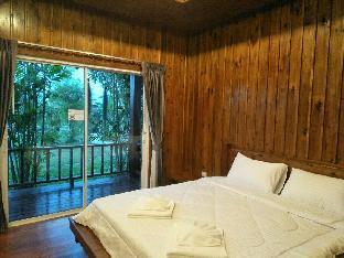[プーケット空港周辺]バンガロー(150m2)| 1ベッドルーム/1バスルーム Baan Rom Pruk, Lovely Wooden House, Naiyang Beach