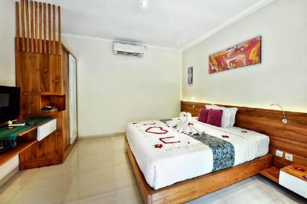Honeymoon private plunge pool villa