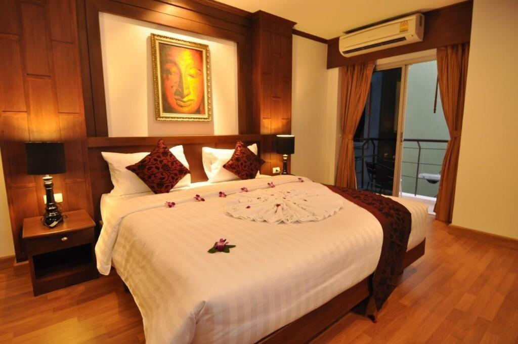 Patong Beach Superior Double 22 sqmRoom