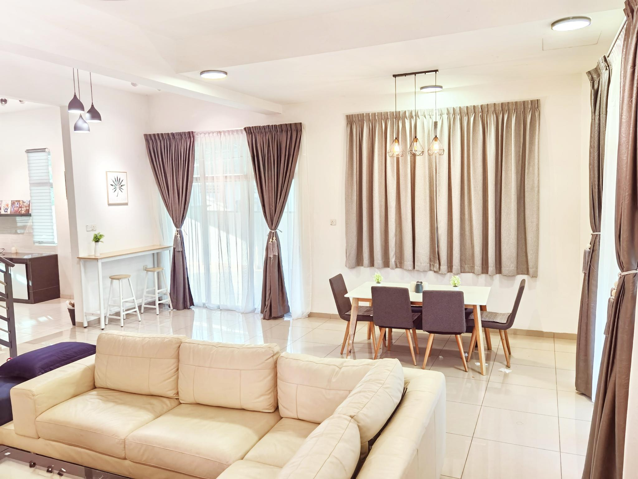 [PROMOTION]Semi D Homestay 2R2B For 8 Guest
