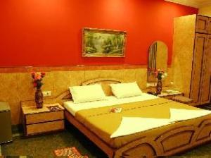 Suriya International Hotel