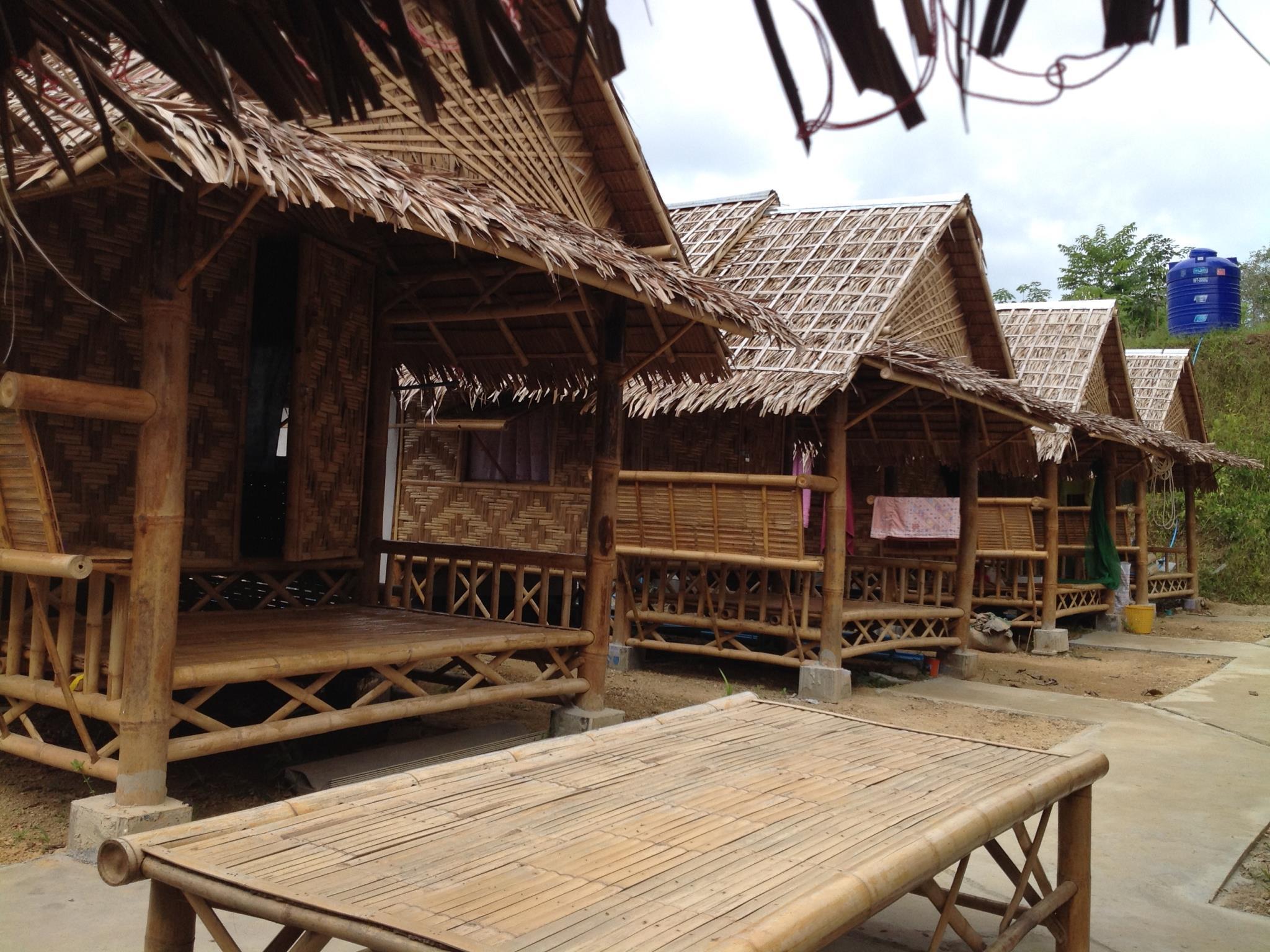 Bamboo Hut Bungalows