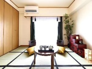 Edo Apartment Ikebukuro Metro Japanese Room