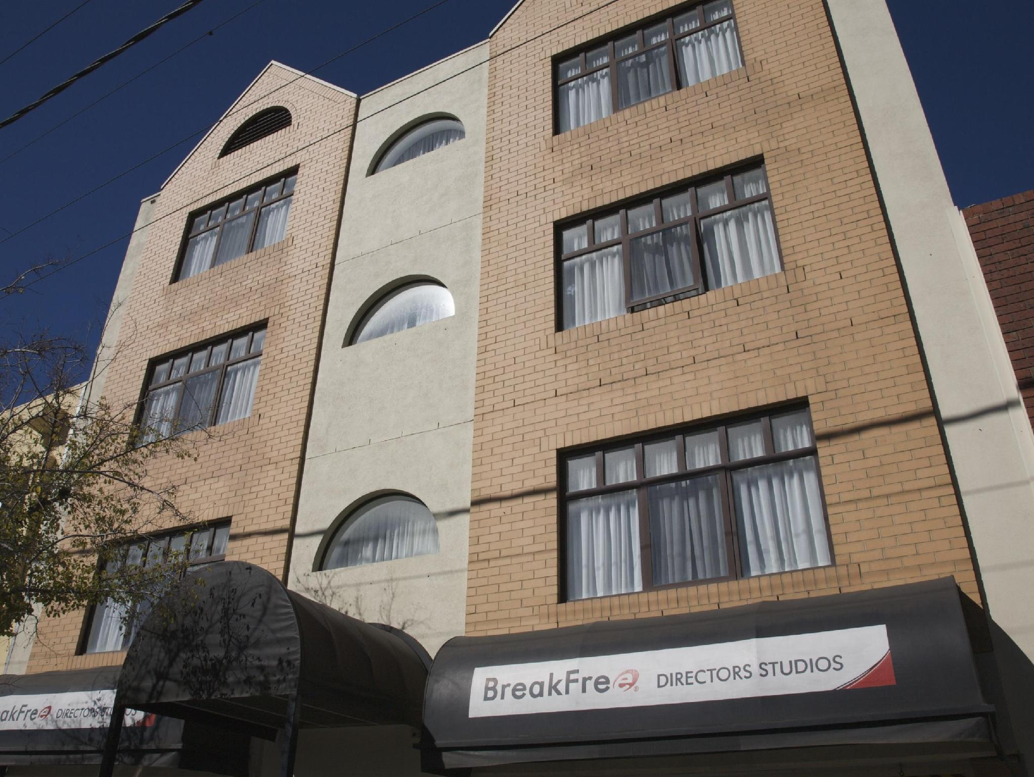 BreakFree Directors Studios Hotel Reviews