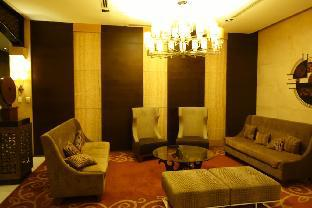 picture 5 of Cozy Condo at Forbeswood Parklane BGC The Fort