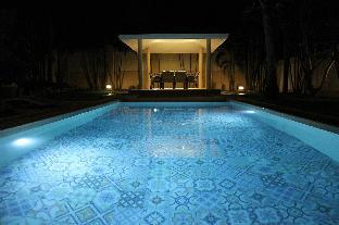 %name Luxury Pool Villa 44 / 3 BR 6 8 Persons พัทยา