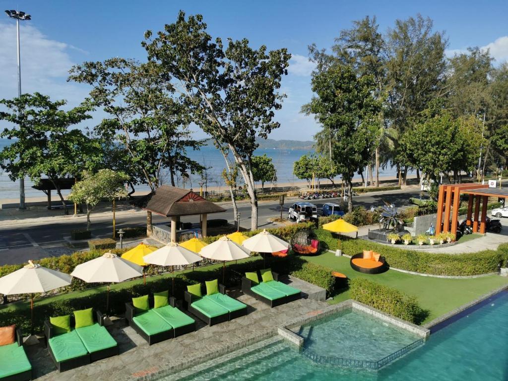 Maneetel Krabi Beachfront มณีเทล กระบี่ บีชฟรอนต์