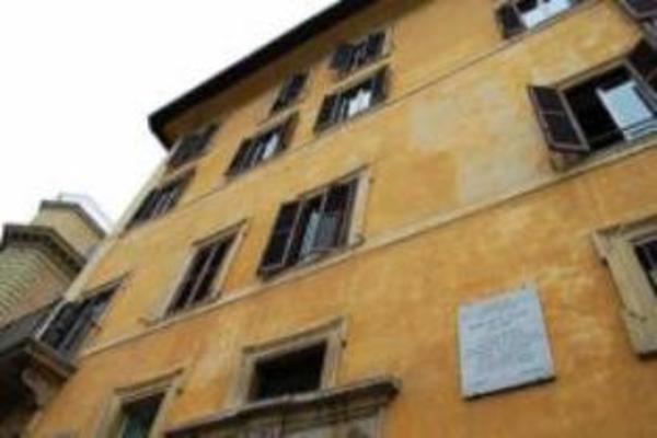 Suite Artis Barberini Rome