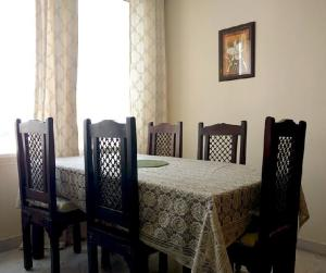 Raghu's Home Stay