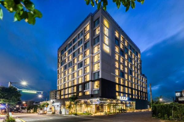 Shinshin Hotel Cheonjiyeon Jeju Island