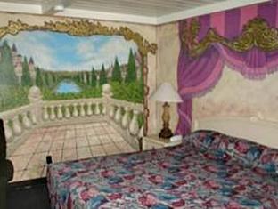 Sterling Gardens Hotel