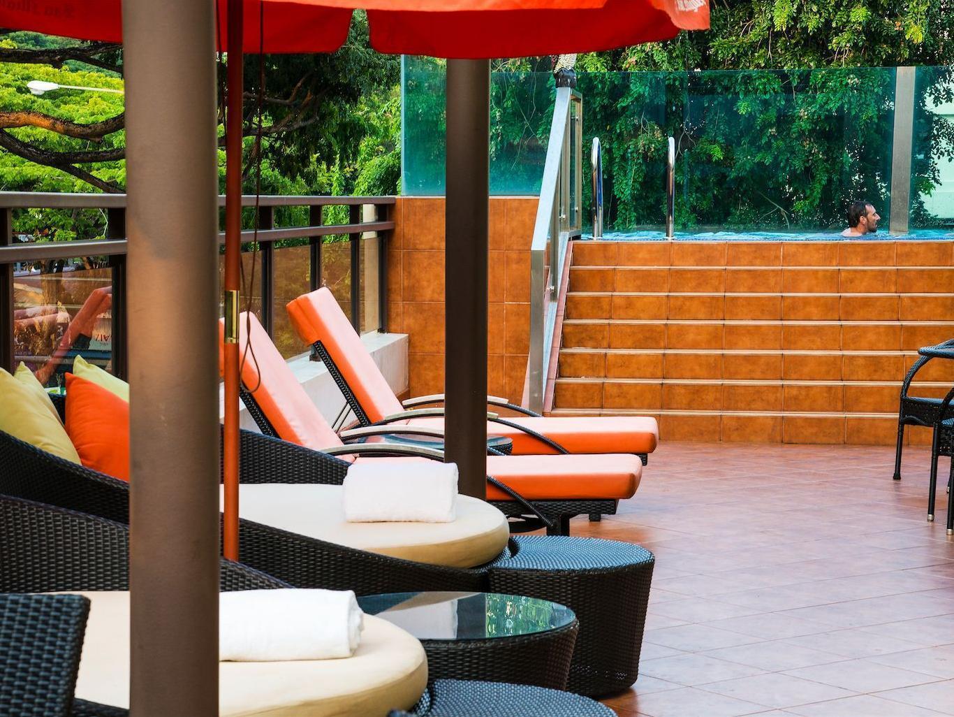 Nostalgia Hotel 4
