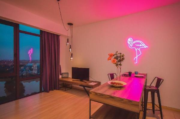 Cube8Teens Flamingo Suite by NestHome【Insta-NEON】 Johor Bahru