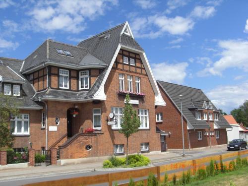 Hotel And Pension Villa Camenz