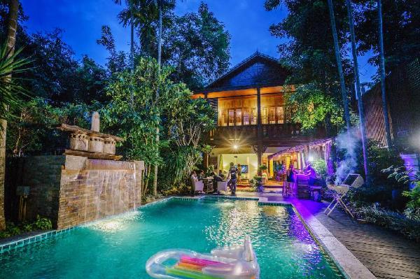 Baan Chang Noi Villa Chiang Mai