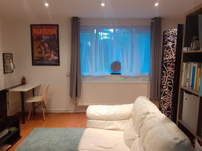 Own Entrance Zone1 Studio Flat - off Upper St (N1)