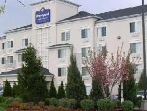 Homestead St Louis Westport Hotel