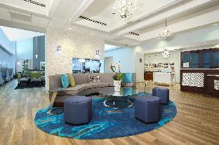邁阿密機場西希爾頓欣庭套房酒店