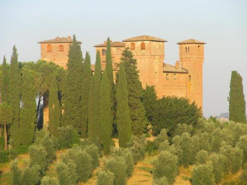 Castello Delle Quattro Torra