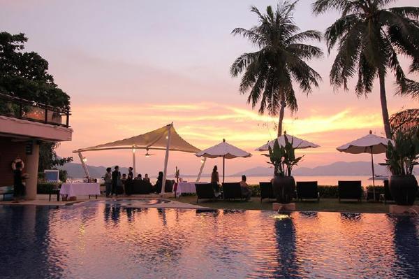 Cloud19 Panwa Phuket