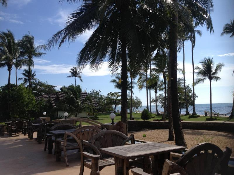 Koh Chang Bailan Beach Resort เกาะช้าง ใบลาน บีช รีสอร์ท