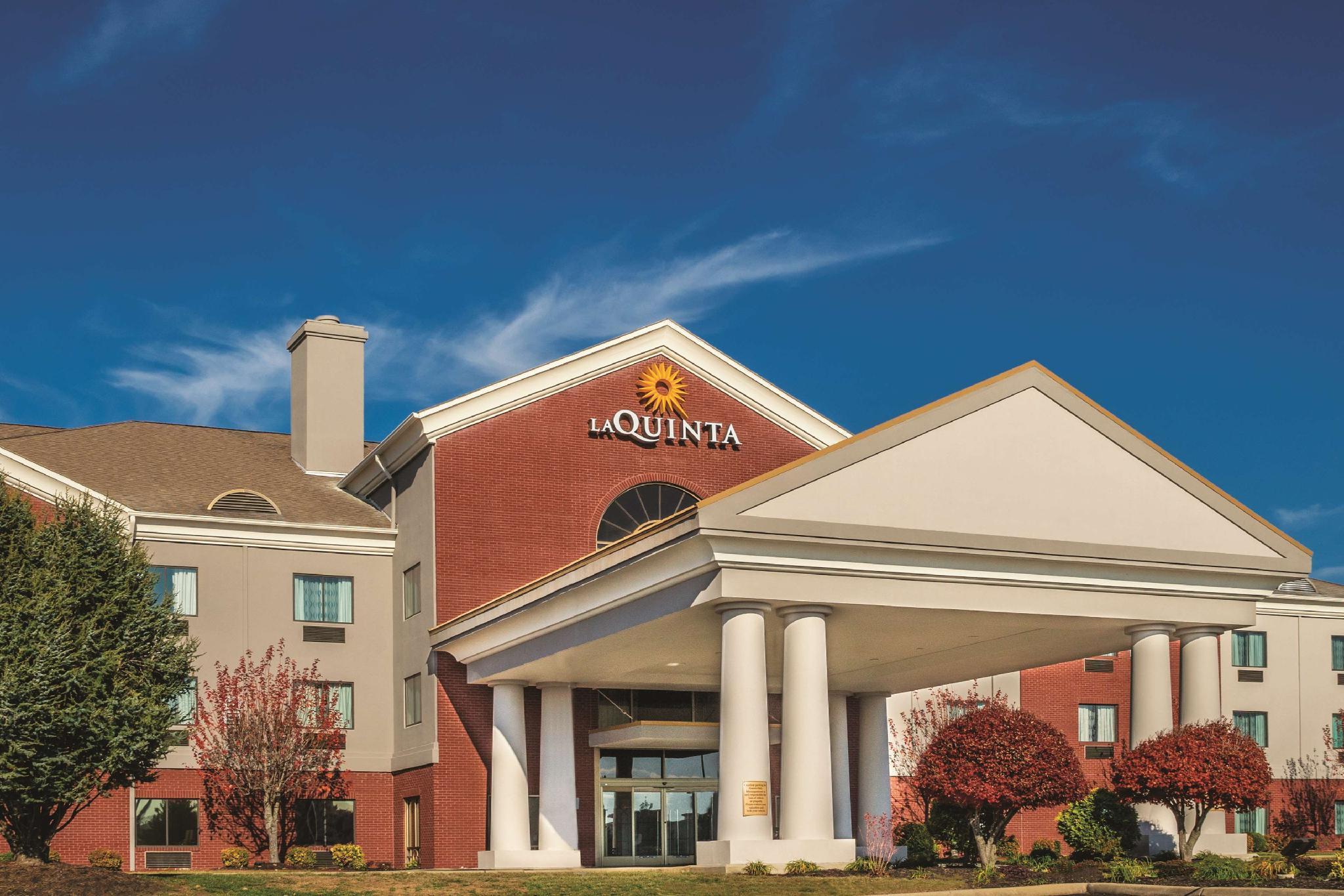 La Quinta Inn And Suites By Wyndham Loudon
