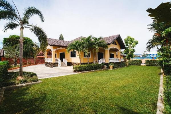 5 Bedrooms Pool Villa Behind Phuket Zoo Phuket