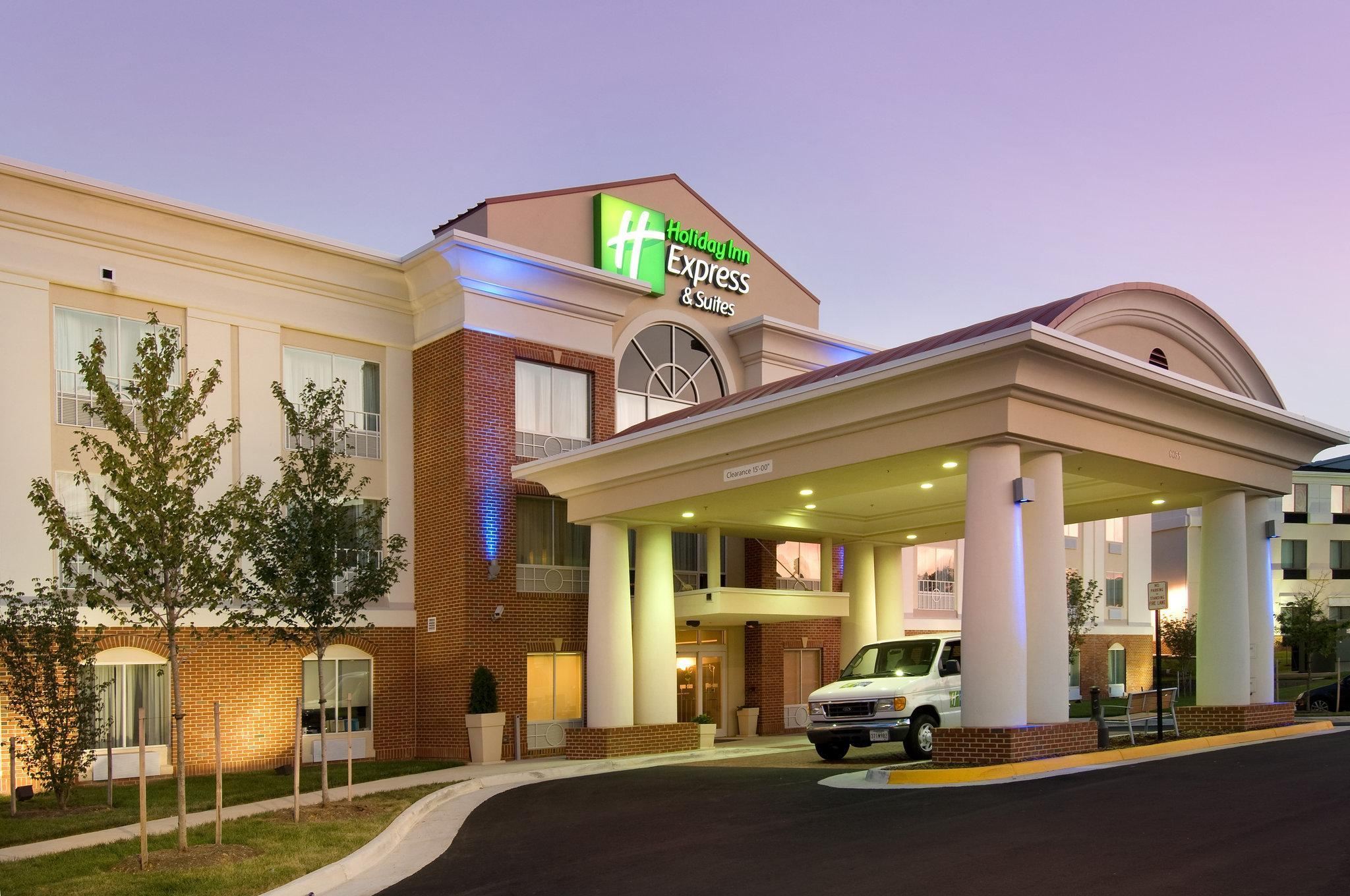 Holiday Inn Express And Suites Alexandria   Fort Belvoir