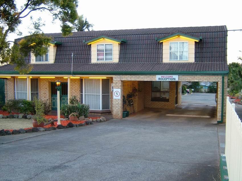 Bridge Street Motor Inn