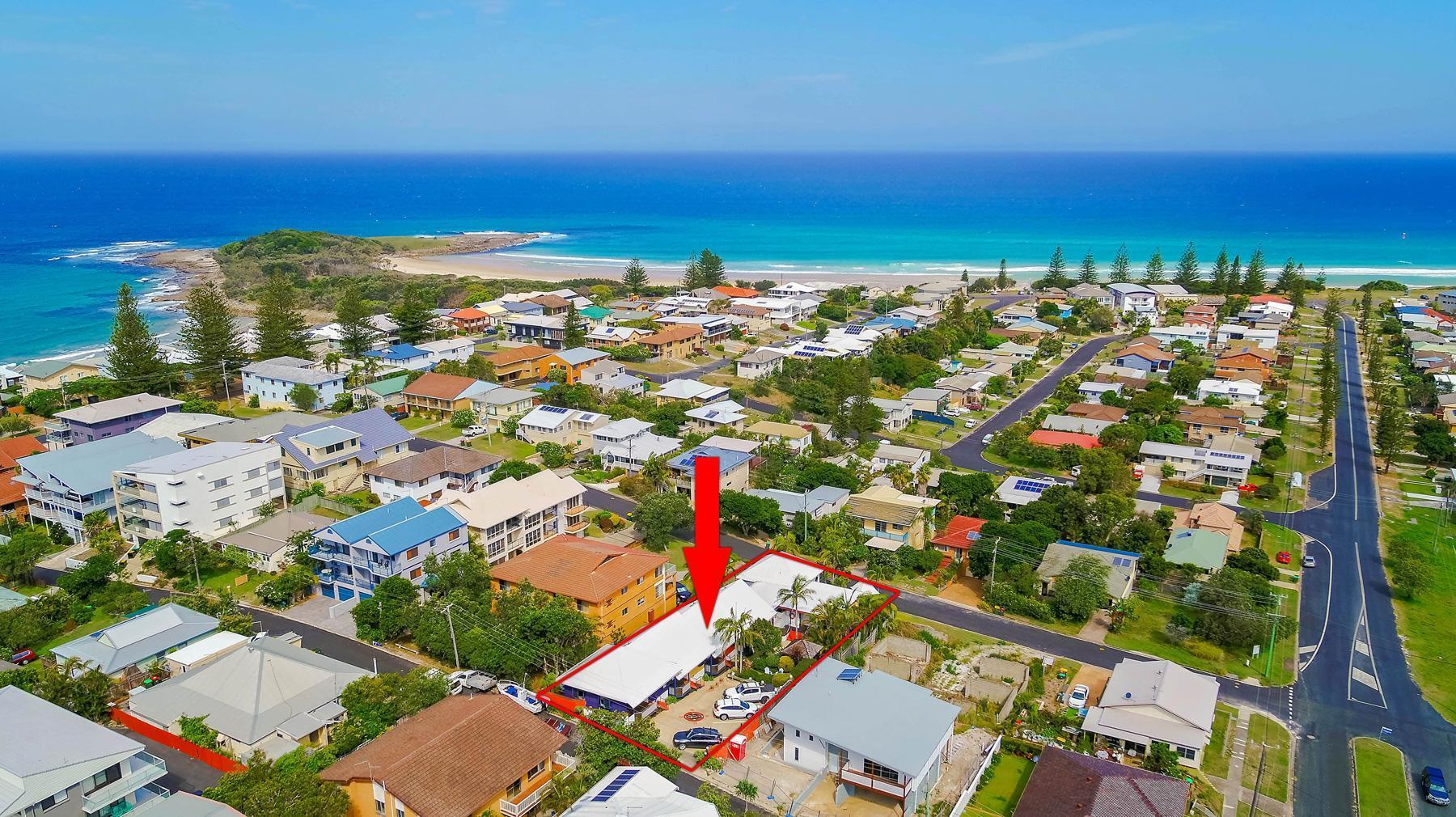 Clubyamba Beach Holiday Accommodation   Adults Only