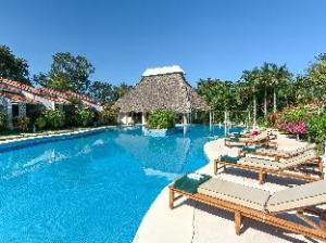 ベスト ウェスタン カミオ ア タマリンド ホテル (Best Western Camino a Tamarindo Hotel)