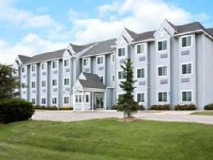 MICROTEL Inn and Suites - Ames