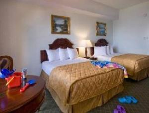關於溫沃爾德帕薩奇酒店 (Windward Passage Hotel)