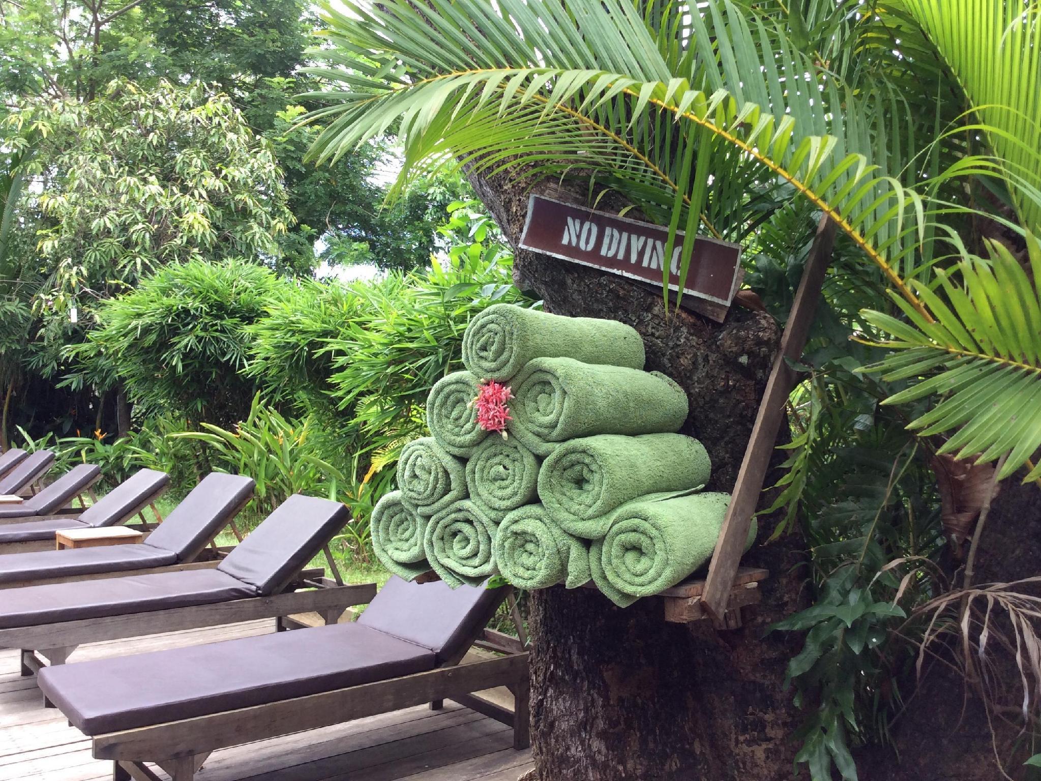 Sambor Village Hotel
