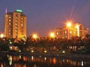 Camela Hotel and Resort