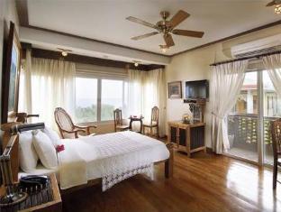 picture 2 of Amarela Resort