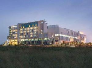 فندق سانتيكا بي إس دي سيتي سيربونج (Hotel Santika BSD City Serpong)