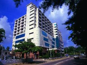 裕扎纳酒店 (Yuzana Hotel)