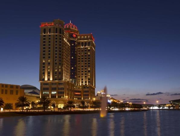 Sheraton Dubai Mall of the Emirates Hotel Dubai