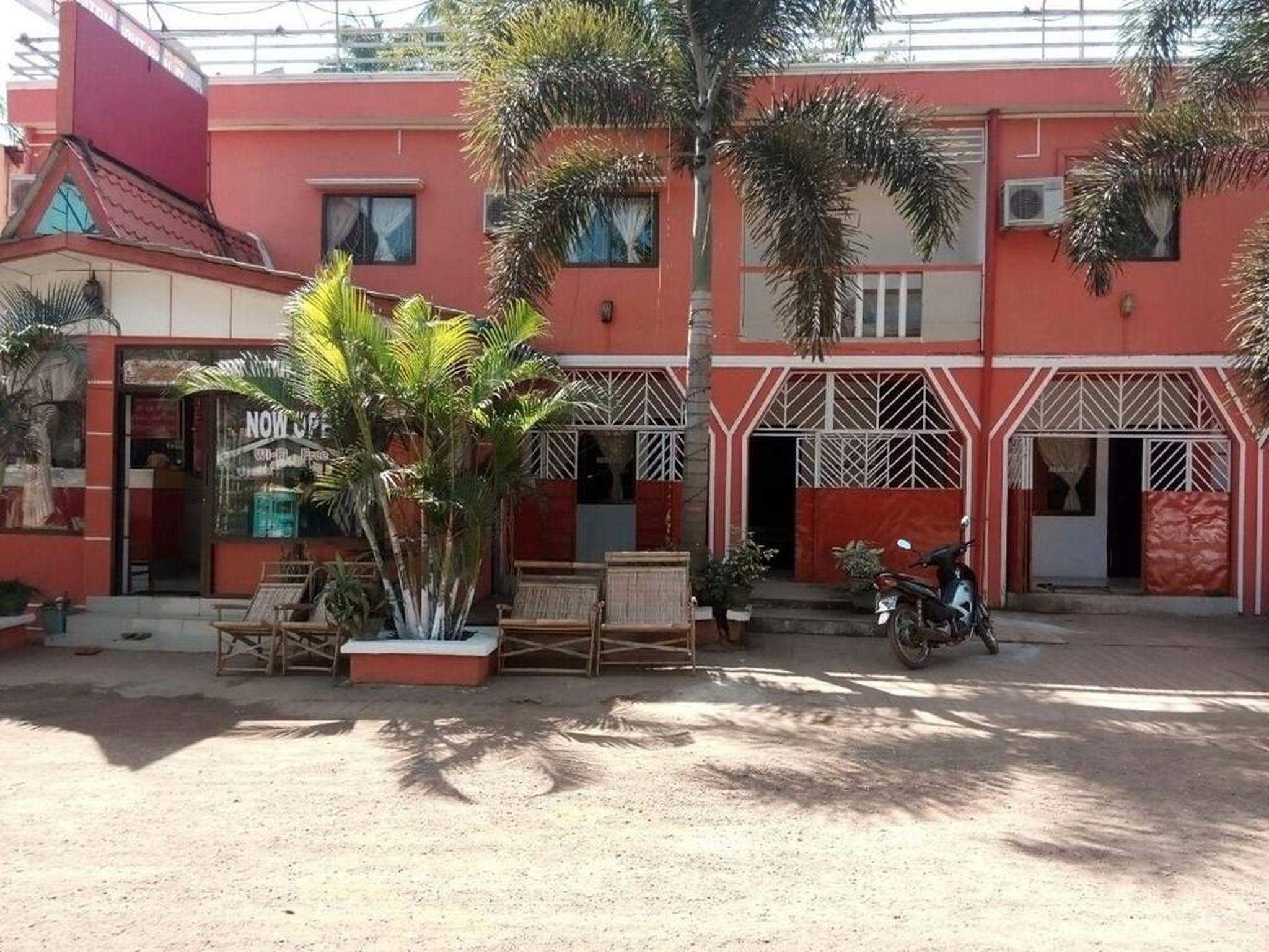 Shwe Hinn Thar Motel
