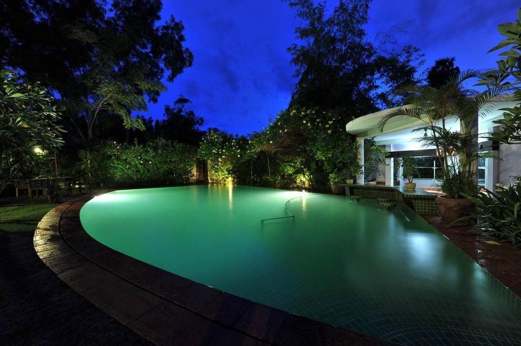 AMATAO Oasis Retreat