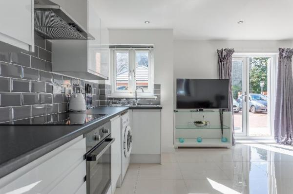 Spire view Apartments Southampton