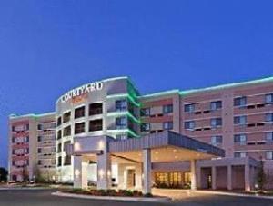 Courtyard Tulsa Woodland Hills Hotel